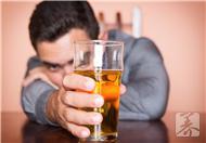 酒精中毒的表现