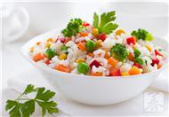米饭养生全攻略:黑米补肾薏米养颜
