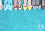 运动前选购合适的鞋子很重要