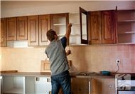 实木橱柜应该选择什么木材