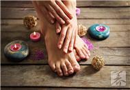 穿灰指甲患者袜子会传染吗?