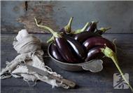 吃生茄子减肥是错误的,如何健康吃茄子