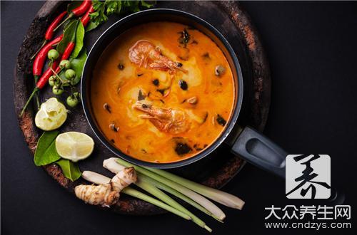 如何做火锅汤底呢?