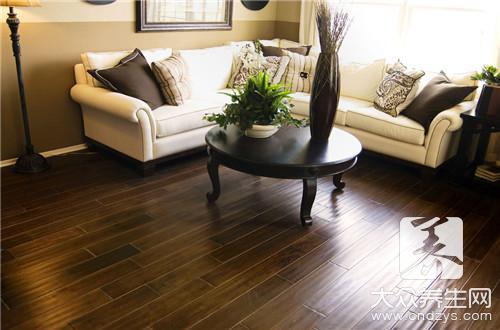 木地板清洗的正确方法是什么?