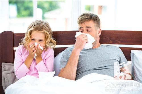 <b>【春季打喷嚏流鼻涕就是伤风吗?不是,小心是</b>