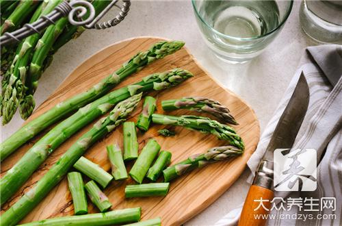 Should asparagus want scald water?