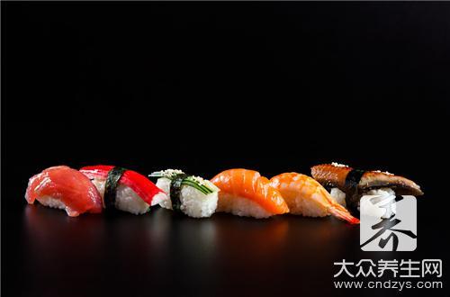 寿司如何卷紧