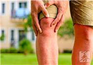 膝盖感觉有东西隔着是什么问题?