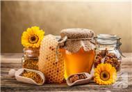 泡蜂蜜用冷水还是热水?很多人都搞错了,难怪喝再多都没用
