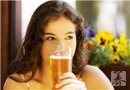 一天一瓶啤酒对身体好吗?有哪些作用?
