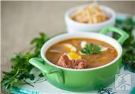 电饭煲炖排骨汤的做法