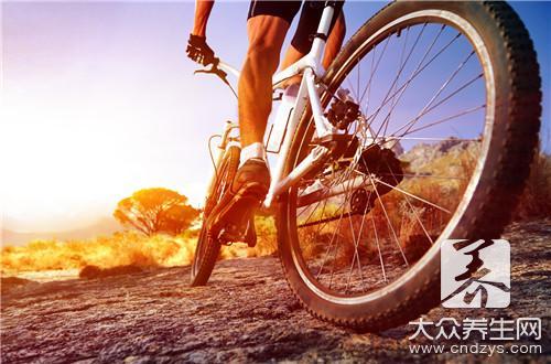 减肥空中蹬自行车 空中蹬自行车能瘦腿吗