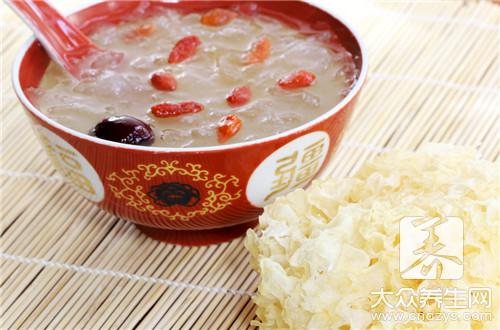Is soup of red jujube of tremella lotus seed fat?