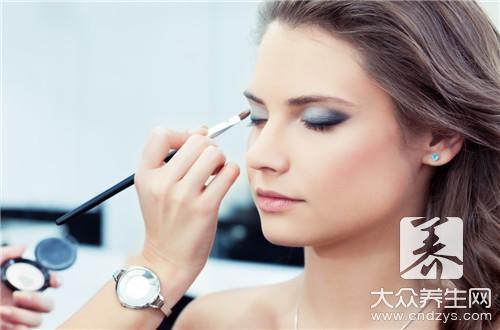 化妆阴影正确画法是什么