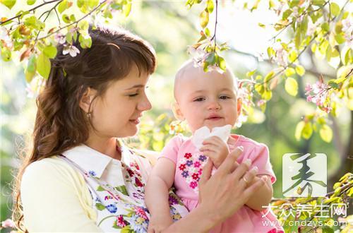 宝宝打喷嚏流鼻涕食疗偏方都有哪些