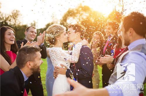 因为孩子维系的婚姻还要坚持吗
