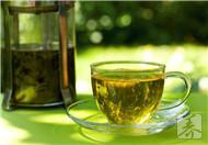 绿茶洗脸有滋润美白的功效作用吗