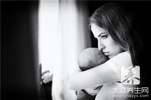 三个月宝宝恶心干呕怎么办呢?