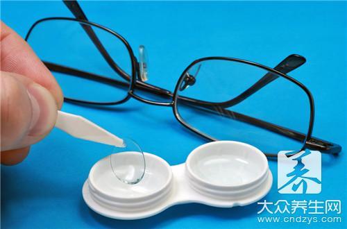 怎么缓解隐形眼镜对眼睛的伤害(1)