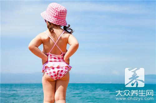 如何选择泳衣?-大众养生网