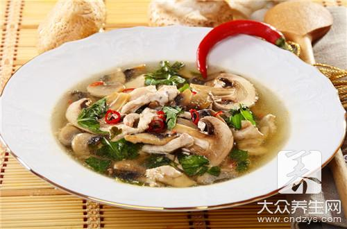 Hot the practice that fries Xianggu mushroom