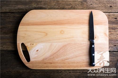【竹菜板首次使用应该怎么做】
