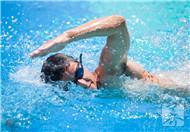 游泳两小时消耗热量是多少?