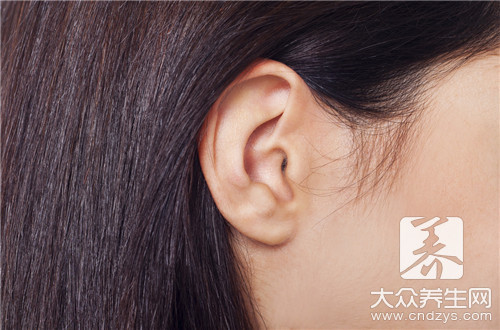 What is small ear deformation