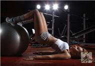 练腹肌轮能减肚子吗?