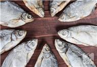 孕妇可以吃银鱼干吗