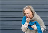 老人总是干咳怎么回事