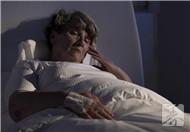 女性老年人失眠的原因
