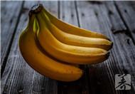 香蕉泡牛奶能减肥吗