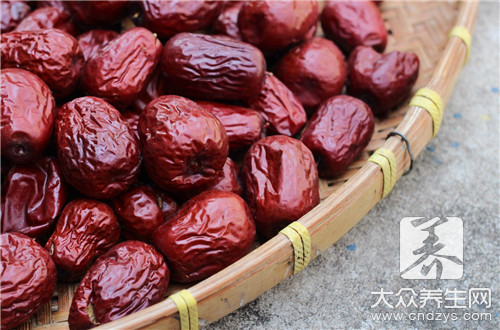 Red jujube piece how to eat