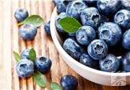蓝莓罐头的制作方法
