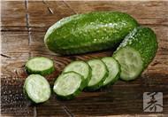黄瓜炒火腿的做法是什么
