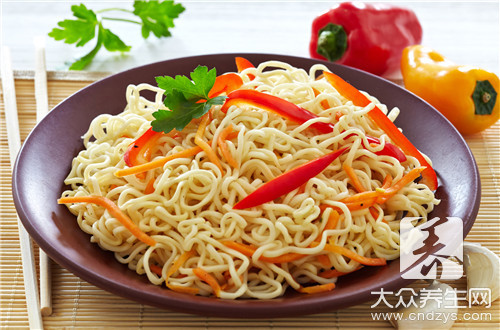 The practice of hollow fine dried noodles