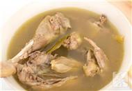 孕妇可以喝公鸡汤吗