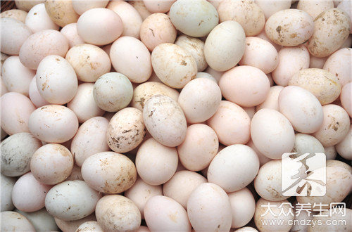 What disease is unsuited eat duck's egg
