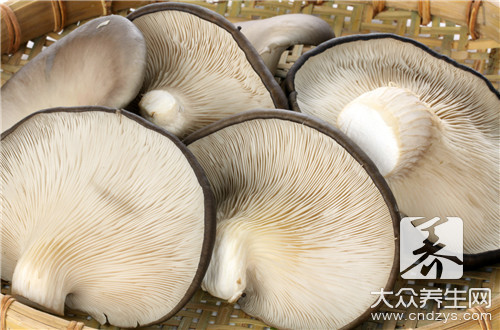 The practice of the daily life of a family of chop of Xianggu mushroom evaporate