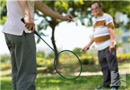 第一次打羽毛球
