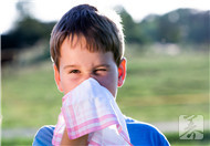 小孩鼻子流血怎么回事