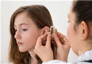 听力筛查怎么做