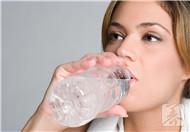 晚上喝多水好吗