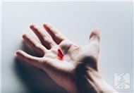 肝脏有毒素吃什么药?