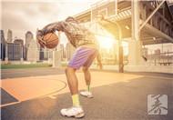 篮球怎么训练弹跳力?
