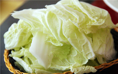 Be pregnant can eat Chinese cabbage